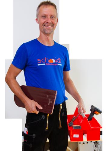 Herr Schmidt mit Werkzeugkasten